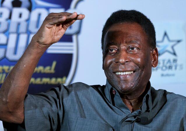 La star du football Pelé
