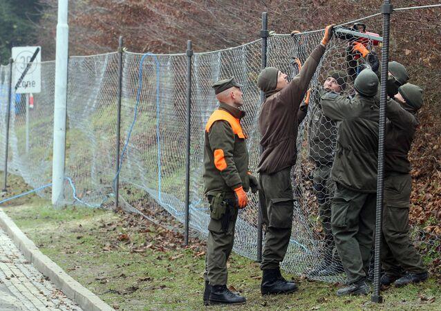 L'Autriche envisage de construire de nouvelles clôtures à ses frontières