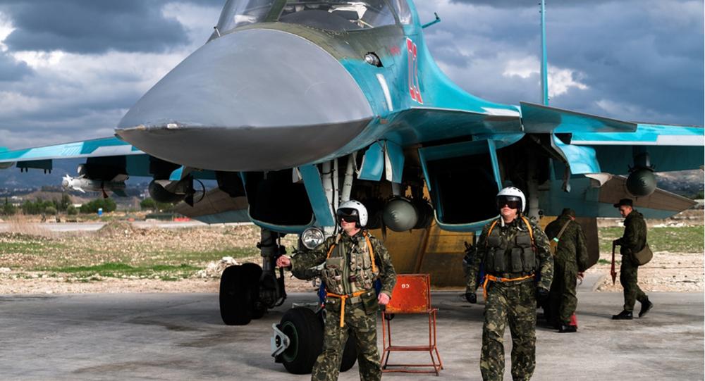 Pilotes russes sur la base militaire de Hmeimim