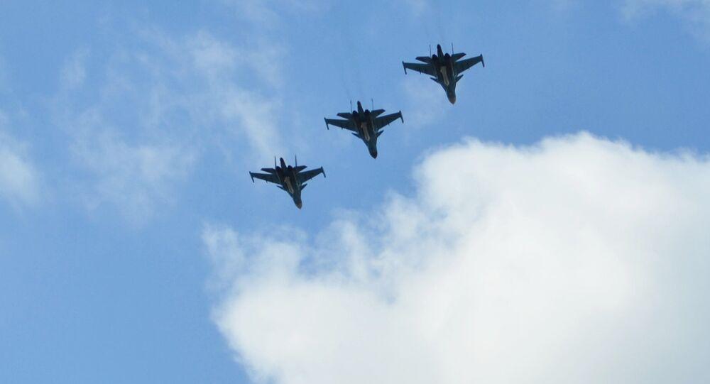 Bombardiers russes Su-34. Archive photo