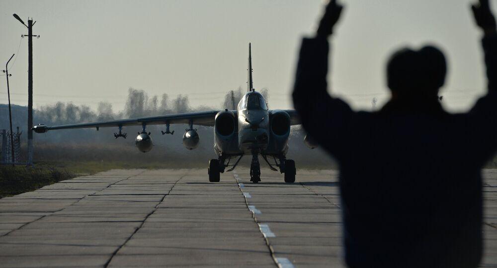 l'avion russe à partir d'une base  Hmeymim à Primorsko-Akhtarsk