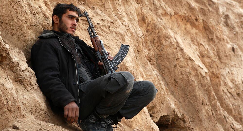 Combattant en Syrie. Archive photo