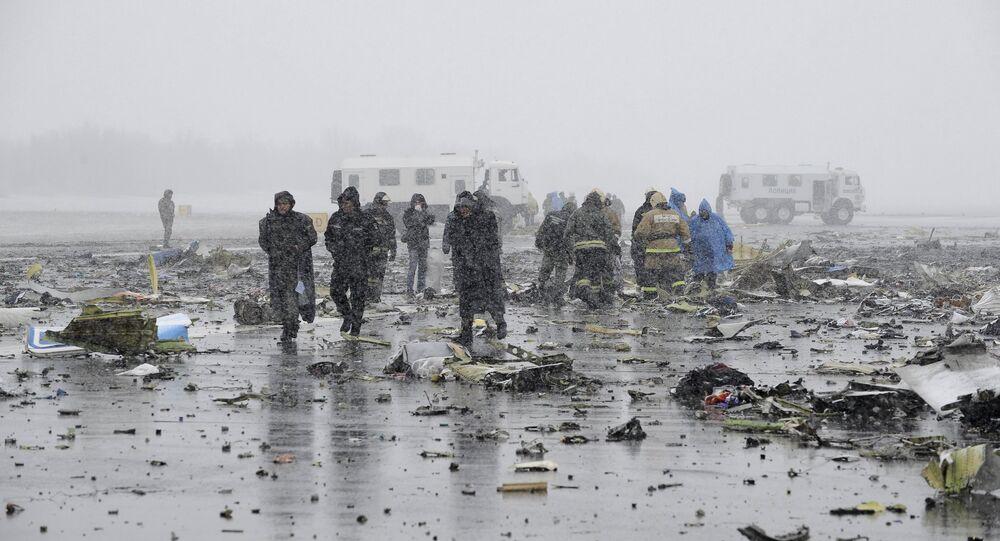 Sur les lieux du crash du Boeing 737 à Rostov-sur-le-Don