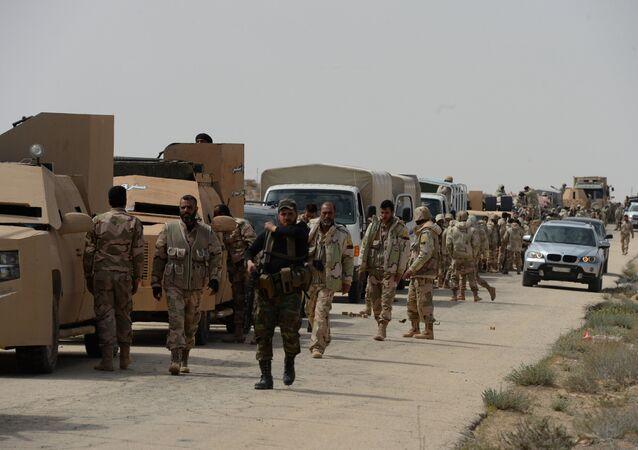 Les miliciens de l'unité des Faucons du désert
