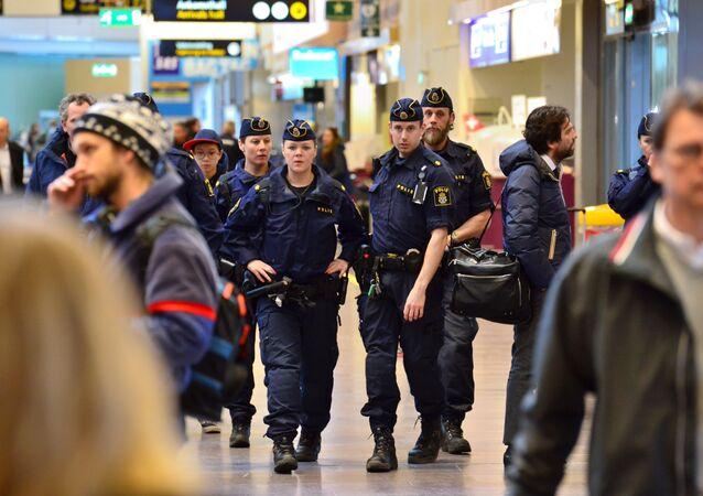 Police suèdoise après les attentats de Bruxelles