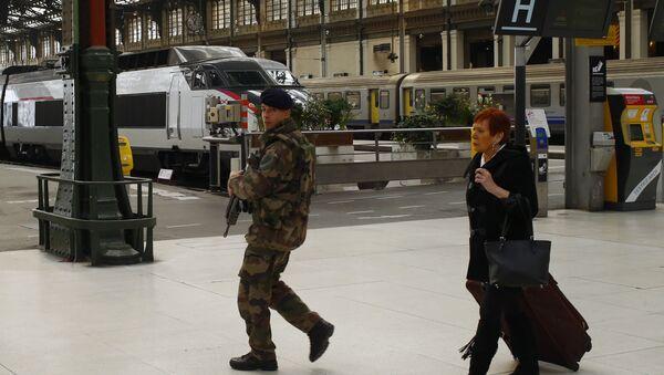 70 kilos d'or volés à Lyon en plein état d'urgence! - Sputnik France
