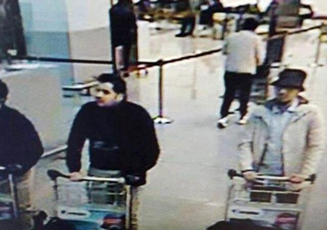 A l'aéroport de Bruxelles: les suspects