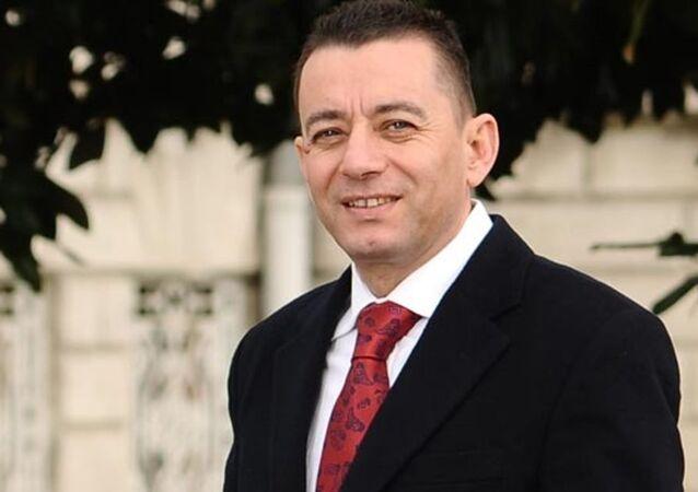 Le docteur Bülent Ari, vice-recteur de l'Université Sebahattin Zaim