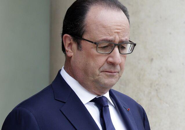 François Hollande dénonce l'ignoble attentat terroriste de Gaziantep en Turquie