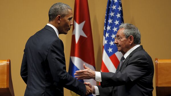 Barack Obama et Raul Castro - Sputnik France