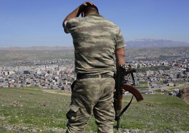 Un soldat turc dans une région de la Turquie frontalière de la Syrie