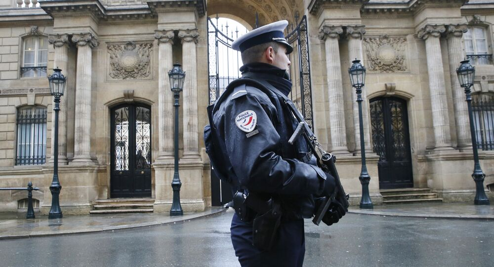 Un officier de police à Paris