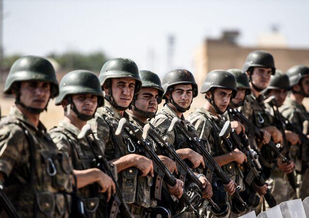 Soldats turcs (image d'illustration)