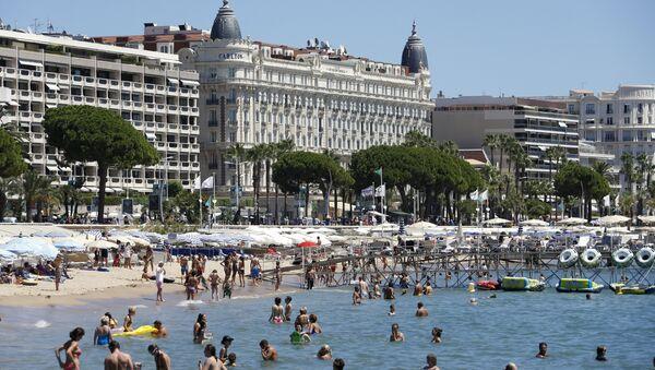 Une plage de Cannes - Sputnik France