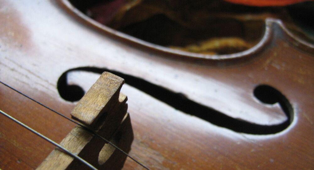 Le smartphone transformé en archet de violon!