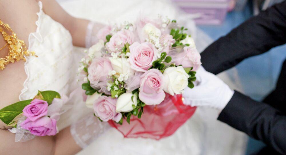 Qui a volé la robe de mariée fait le buzz sur Internet