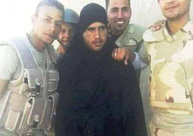 Un terroriste de Daech déguisé en burqa