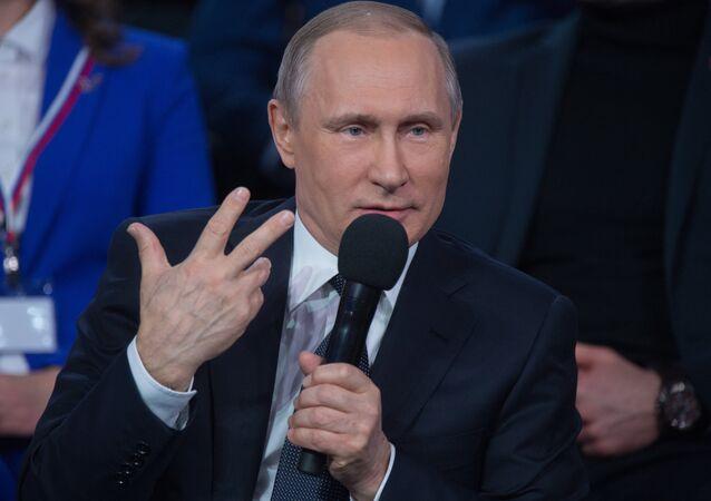 Quand Poutine fait l'interprète