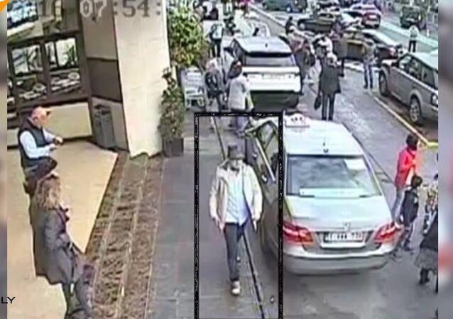 Attentats de Bruxelles: un nouvel avis de recherche lancé contre l'homme au chapeau