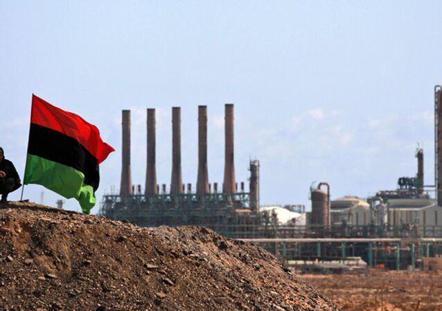 La Libye : des batailles politiques vers la guerre pour les ressources