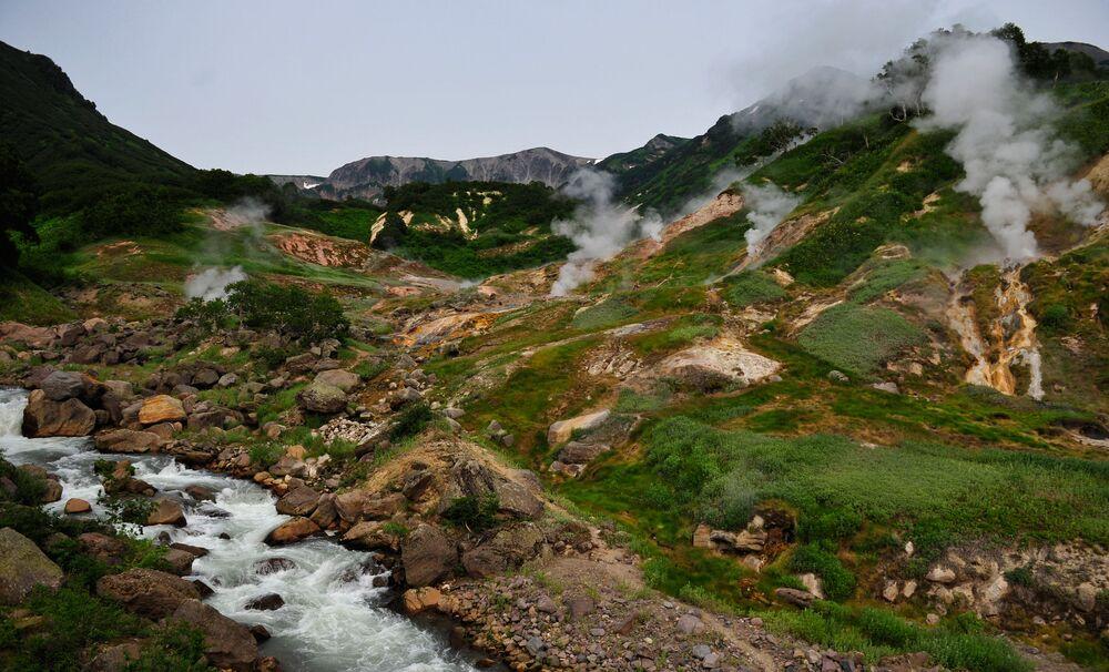 La vallée des geysers au Kamtchatka : une beauté à couper le souffle