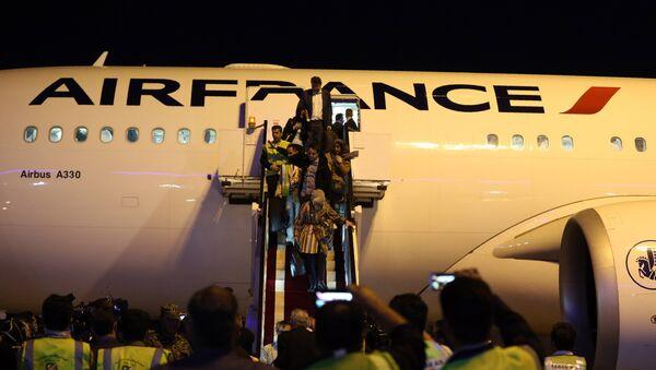 Le vol AF738 en provenance de l'aéroport parisien Roissy-Charles de Gaulle, a atterri à l'aéroport international Imam Khomeiny de Téhéran - Sputnik France