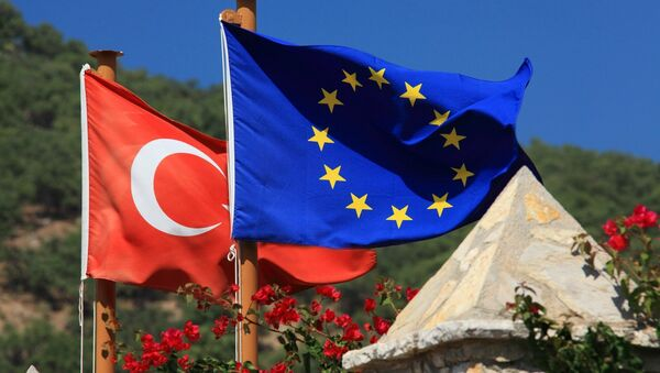 Régime sans visa: l'UE cède face aux ultimatums de la Turquie - Sputnik France