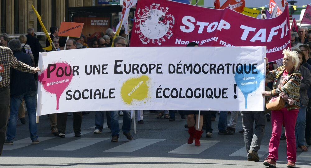 Une manifestation contre le TAFTA