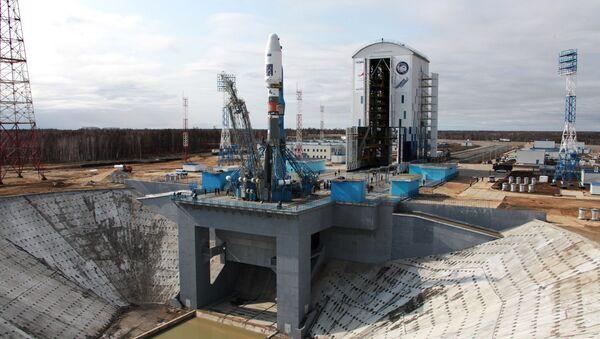La fusée Soyouz 2.1a sur le pas de tir du cosmodrome Vostotchny - Sputnik France
