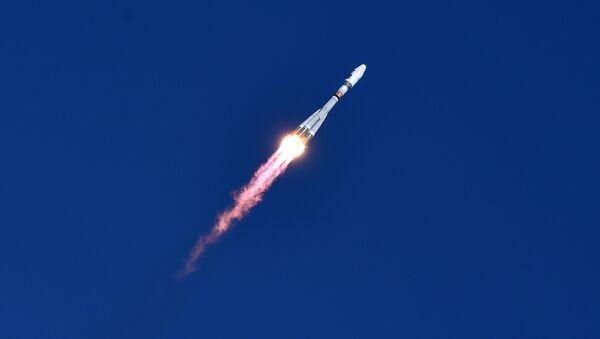 Le premier lancement d'une fusée depuis Vostotchny - Sputnik France