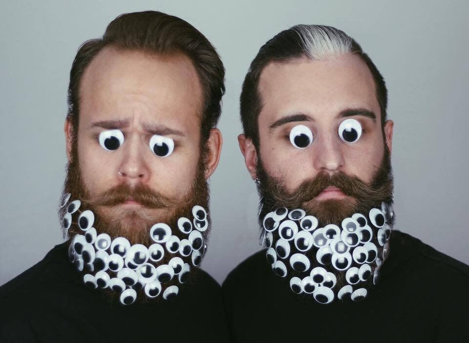The Gay Beards: un duo de barbus qui donnent une raison de sourire
