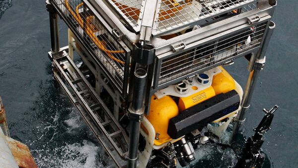 Un appareil Pantera mis à l'eau lors des exercices de sauvetage d'un sous-marin - Sputnik France