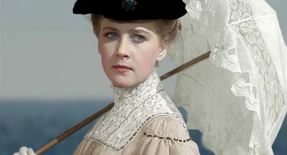 Une femme russe (une photo colorisée par Climbim)