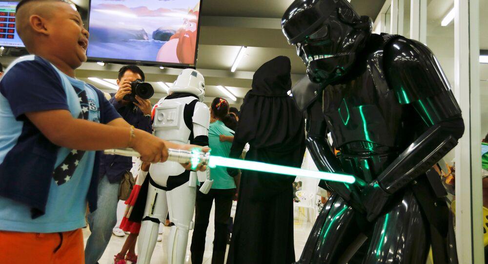 Que la Force soit avec toi, Disneyland!