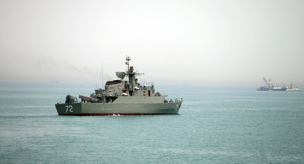 Le navire iranien Alborz dans le détroit d'Ormuz (archive photo)