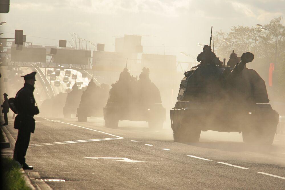 Obusier automoteur Msta-S. Répétition du défilé de la Victoire, Moscou