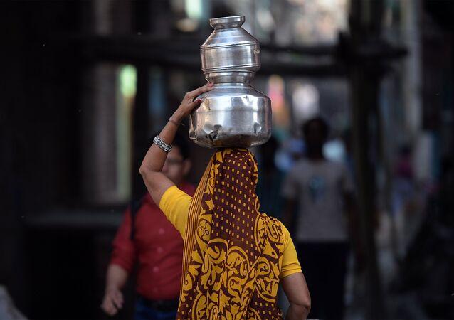 Une femme indienne / image d'illustration