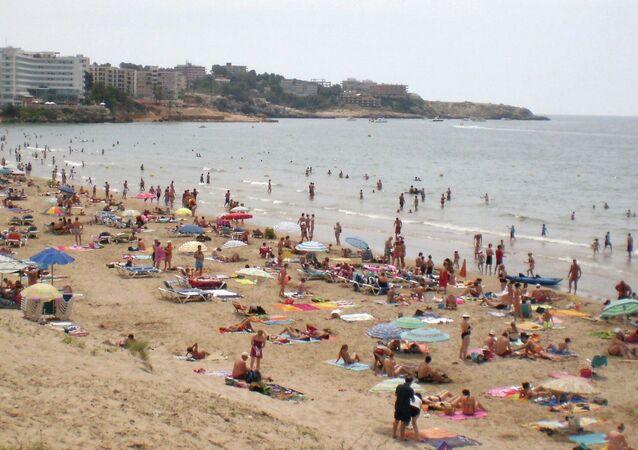 Une plage de la Costa Daurada, en Catalogne