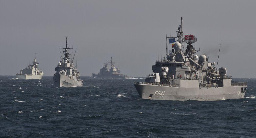 Les navires de l'Otan dans la mer Noire