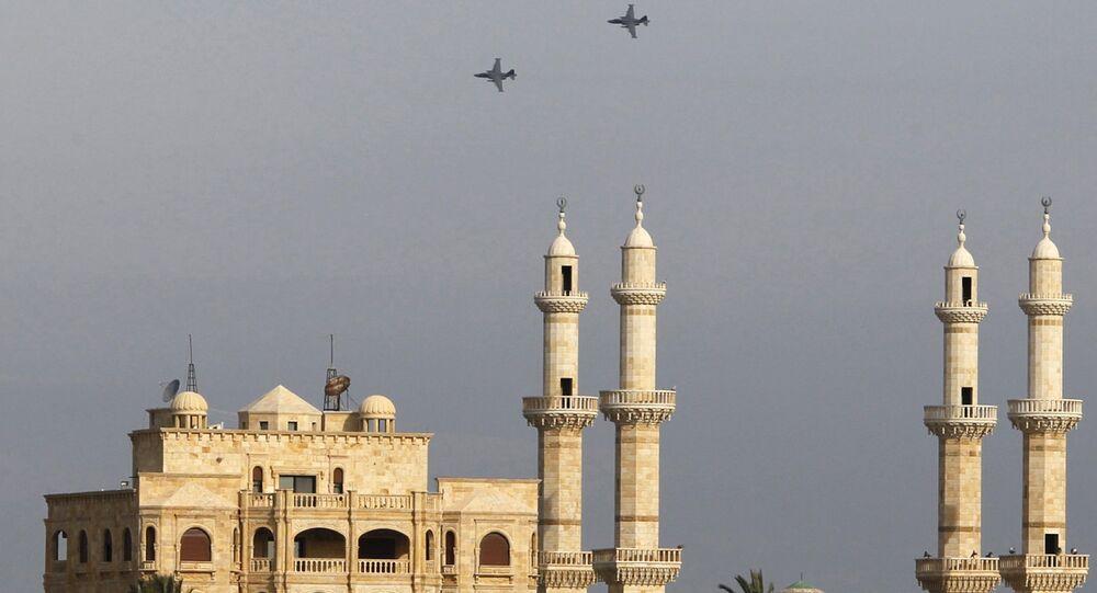 Les avions russes dans le ciel syrien dans la province de Lattaquié