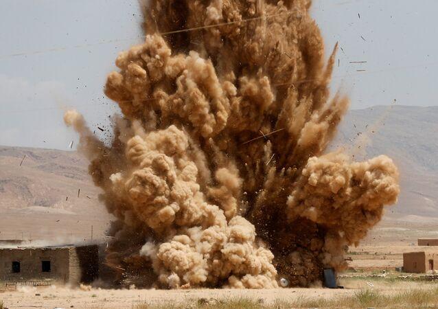 une explosion en Irak, image d` illustration