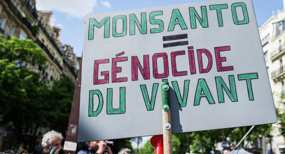 Manifestation contre Monsanto à Paris
