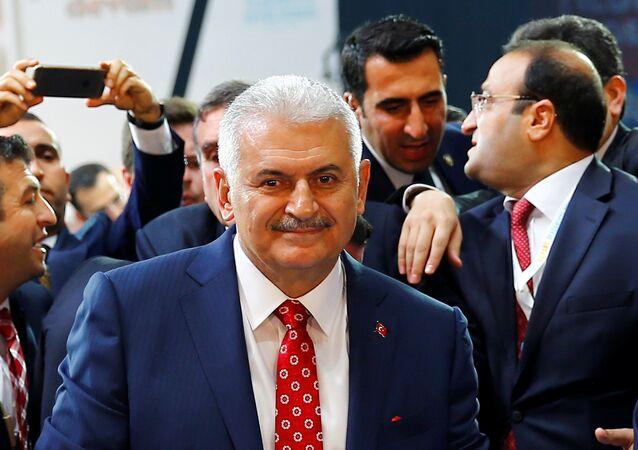 Le ministre des Transports, de la Marine et de la Communication Binali Yildirim