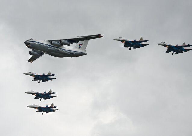 L'avion de transport militaire Illiouchine Il-76