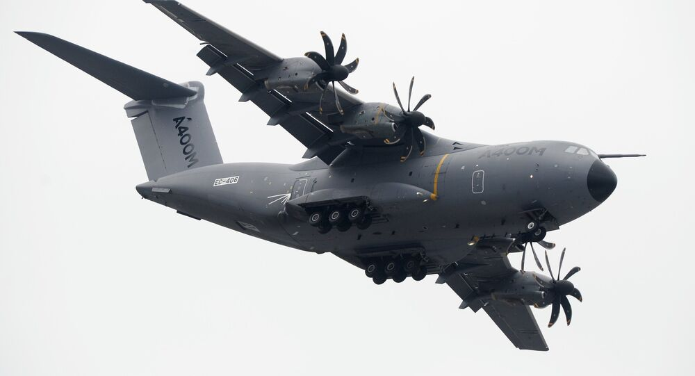 L'avion de transport militaire Airbus A400M au 51 ème Salon du Bourget Paris Air Show - Le Bourget 2015 en France.