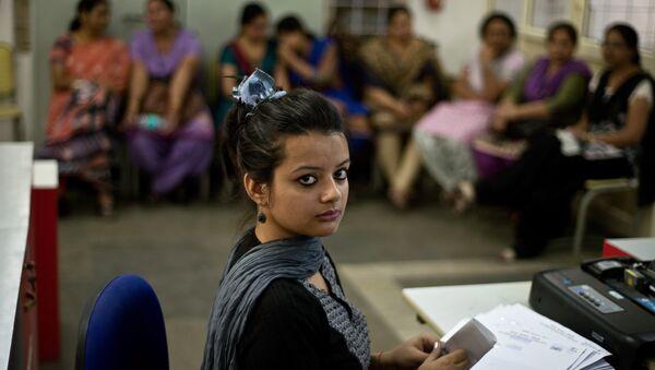 Femmes indiennes au travail - Sputnik France