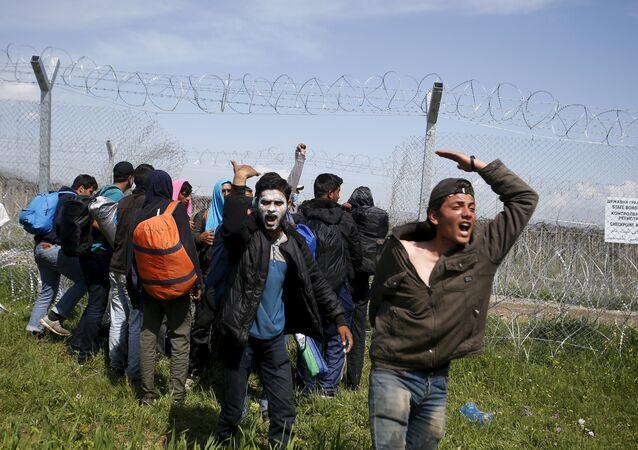 Migrants à la frontière grecque