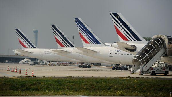 Des avions d'Air France sur le tarmac de l'aéroport Charles de Gaulle  - Sputnik France