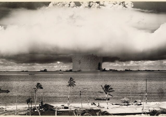 US Government Navy. An underwater atomic bomb test at Bikini Atoll in 1946, Bikini Atoll, Marshall Islands, Micronesia