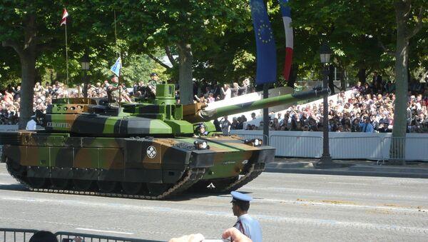 Un char Leclerc lors du défilé du 14 juillet (archive photo) - Sputnik France